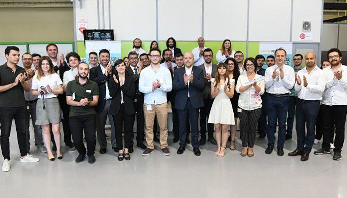 Oyak Renault'un desteği ile Paris'e dünya finaline