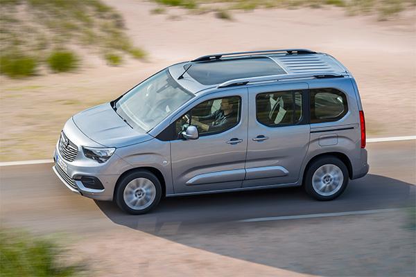 Opel Türkiye'den yeni hizmet: Ayağa Servis