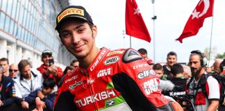 Türk motosikletçi Razgatlıoğlu