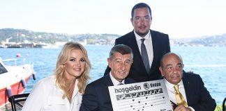 Skoda Yüce Auto Başkanı Ahmet Yüce'den Çekya Başbakanı'na sürpriz