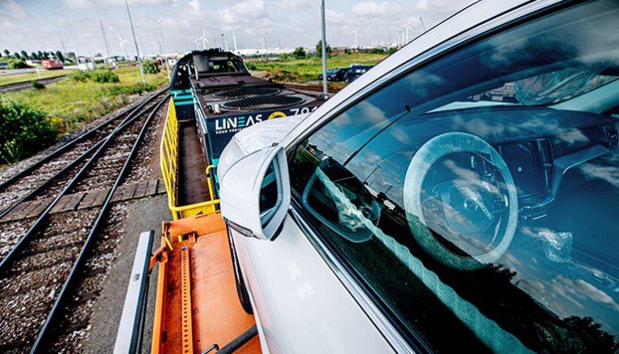 Volvo Cars,yeni otomobilleri kamyon yerine trenle taşıyacak