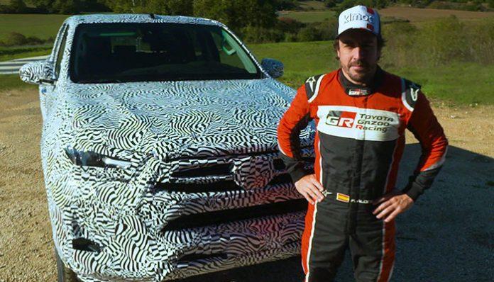 Yeni Toyota Hilux'un ilk testini Fernando Alonso yaptı