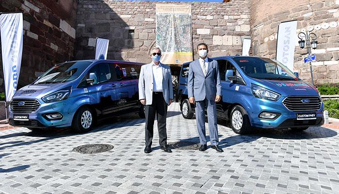Ford Custom PHEV Ankara Belediyesi'ne teslim edildi.
