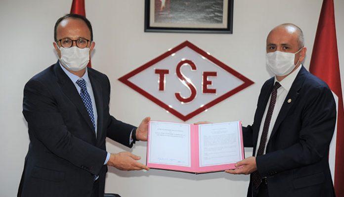 """Tofaş ve Türk Standardları Enstitüsü arasında """"Güvenli Hizmet Sertifikası"""" iş birliği protokolü imzalandı!"""