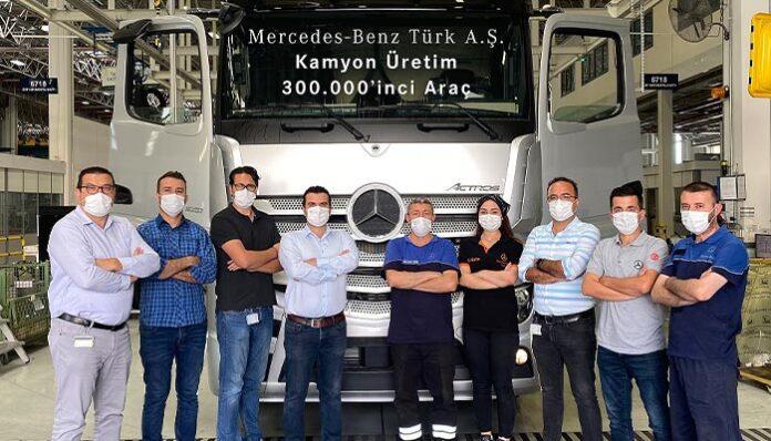 Mercedes-Benz Türk Kamyon Fabrikası'nın 300 bininci kamyonu